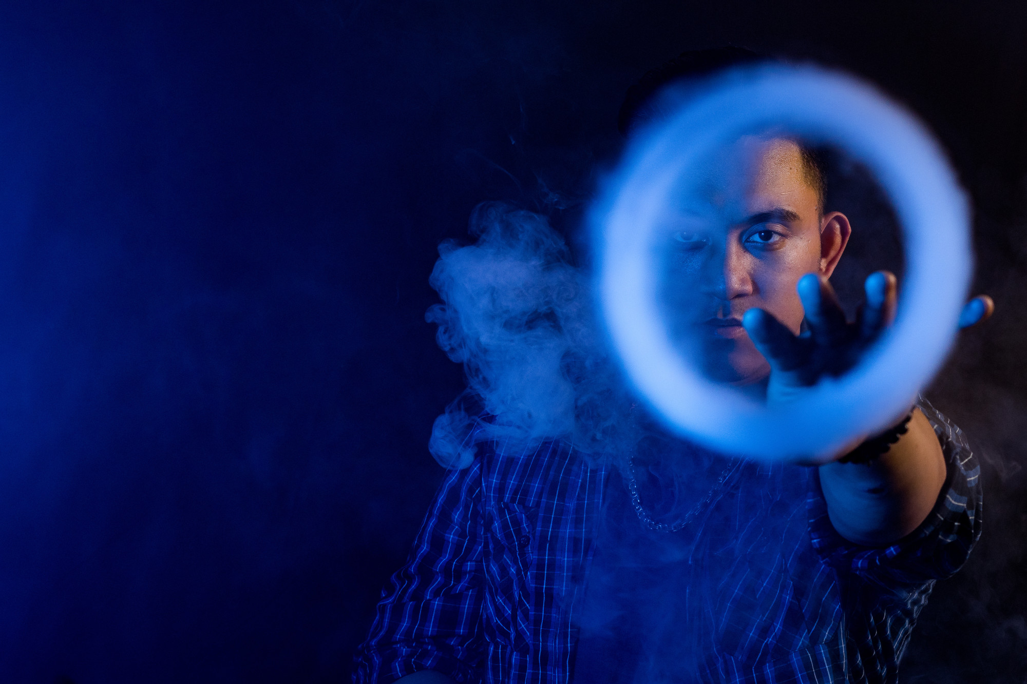Impress Your Friends: How to Blow Smoke Rings with Your Vape
